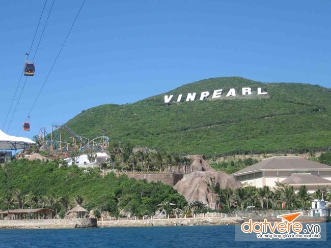 Du lịch Nha Trang bạn sẽ được đến Đảo Hòn Tre hùng vĩ