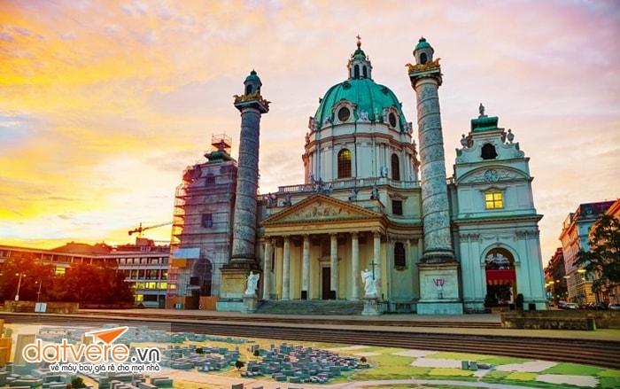 Ghé thăm Vienna