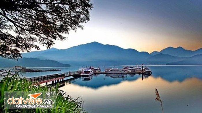 Vẻ đẹp ở hồ Nhật Nguyệt