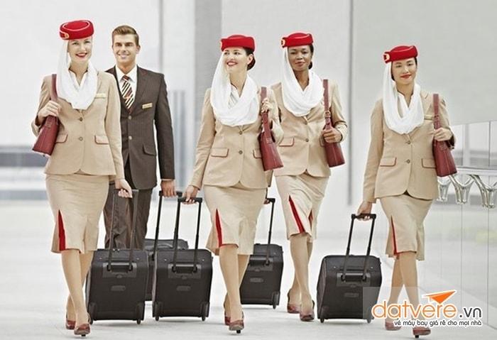 Đồng phục hãng hàng không Emirates