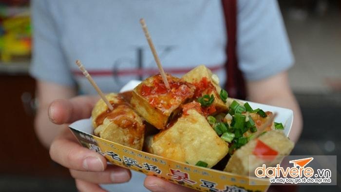 Đậu hũ thối - món ăn nổi tiếng Đài Loan