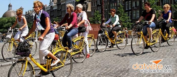 Xe đạp là phương tiện phổ biến tại Hà Lan