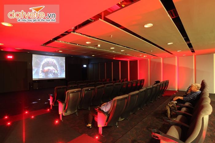 Rạp chiếu phim ở sân bay