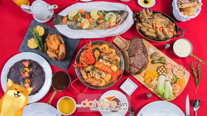 Mâm cơm ngày tết của người Trung Quốc