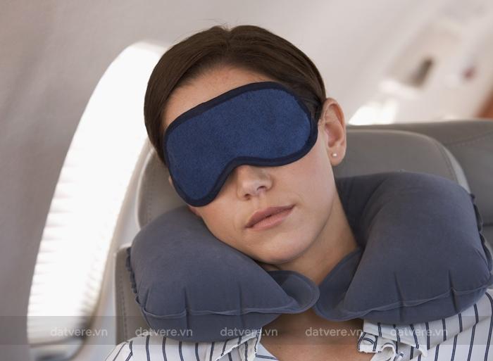 Ngủ nhiều sẽ giúp bạn bớt mệt