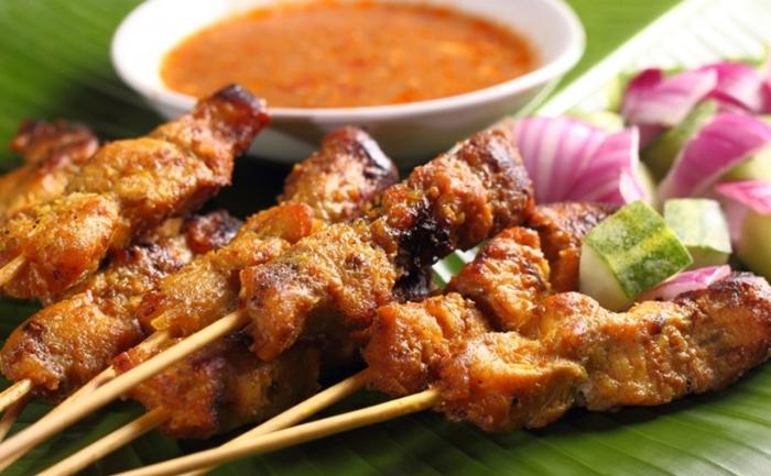 Sate Lembat món thịt xiên nướng được yêu thích tại Bali