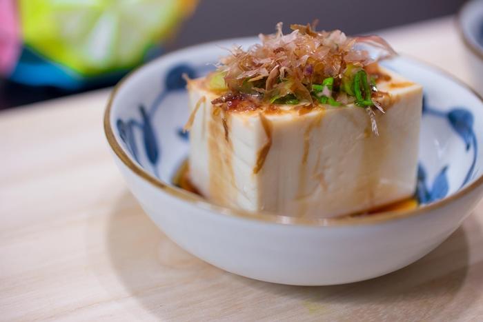 Đậu phụ lạnh Hiyayakko món ăn giúp giảm nhiệt mùa hè tại Nhật Bản