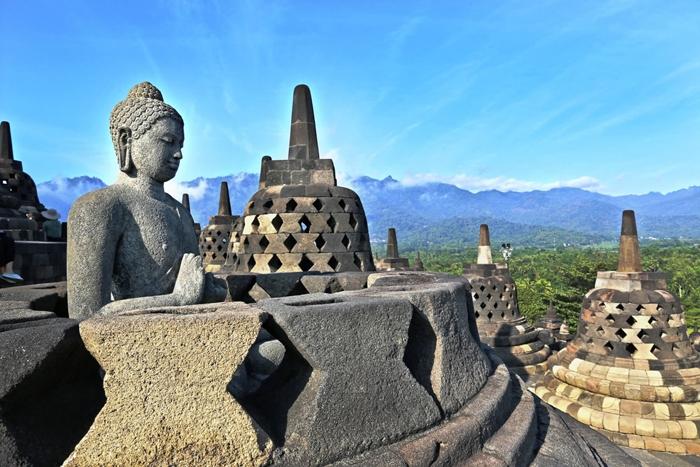 Đền Borobudur di sản lịch sử huyền thoại ở gần Bali