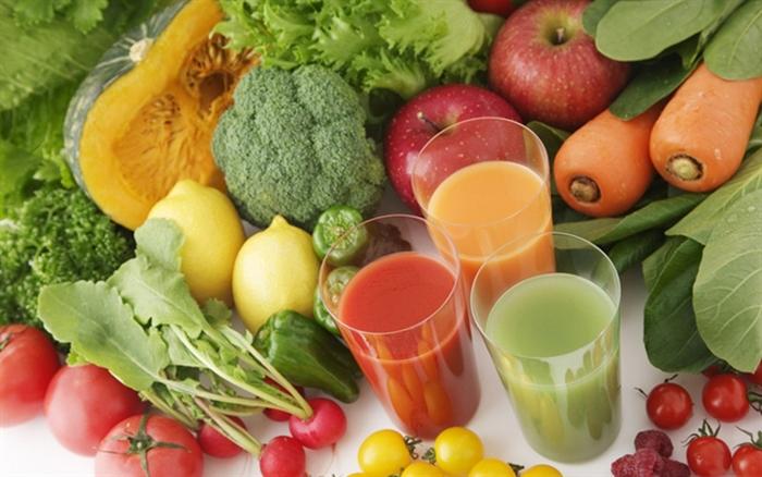 Tích cực bổ sung rau xanh và trái cây để tăng sức đề kháng cho cơ thể