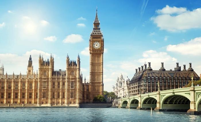 Big Ben địa điểm du lịch nổi tiếng tại London