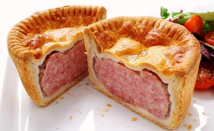 Pork pie mộ trong nhữn món ăn đặc trưng tại London